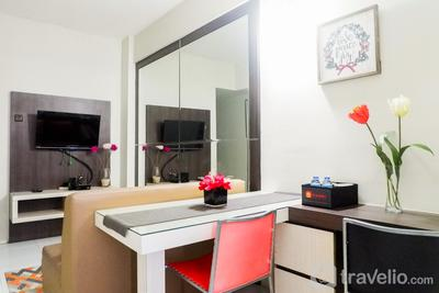 Cozy 2BR Apartement at Dian Regency By Travelio