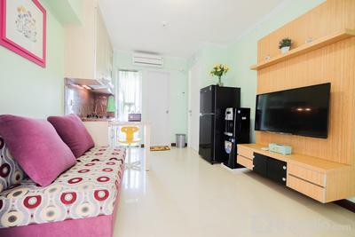 Cozy 2BR Bassura City Apartment By Travelio