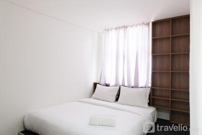 Modern City View Studio Apartment at Tuscany Residences By Travelio