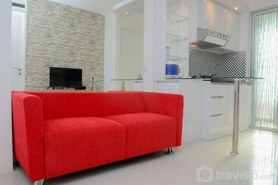 2BR Comfy Bassura City Apartment By Travelio