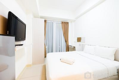 Best Price Studio Tree Park Apartment BSD By Travelio
