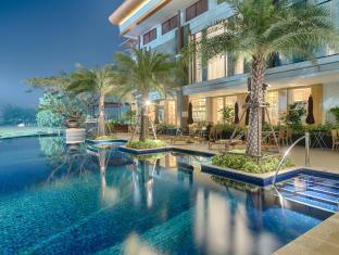 Le Meridien Suvarnabhumi Bangkok Golf Resort  Spa