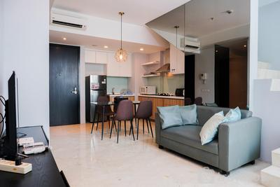 Luxury and Deluxe 2BR @ Satu8 Apartment By Travelio