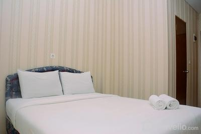 Fully Furnished Studio with Queen Bed at Dave Apartment By Travelio