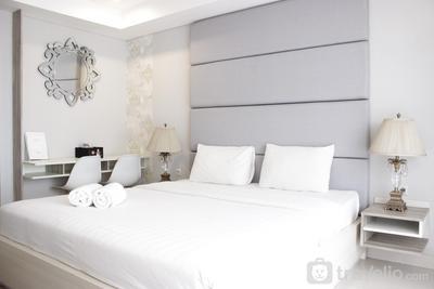 Gorgeous & Relaxing Studio Apartment at Tamansari Tera Residence By Travelio