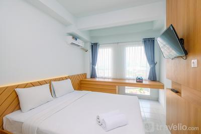 New and Spacious Studio Room Patraland Urbano Apartment By Travelio