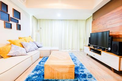 Luxurious 2BR St. Moritz Puri Apartment with Private Lift By Travelio