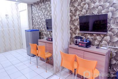 Warm Cozy 1BR Menteng Square Apartment By Travelio