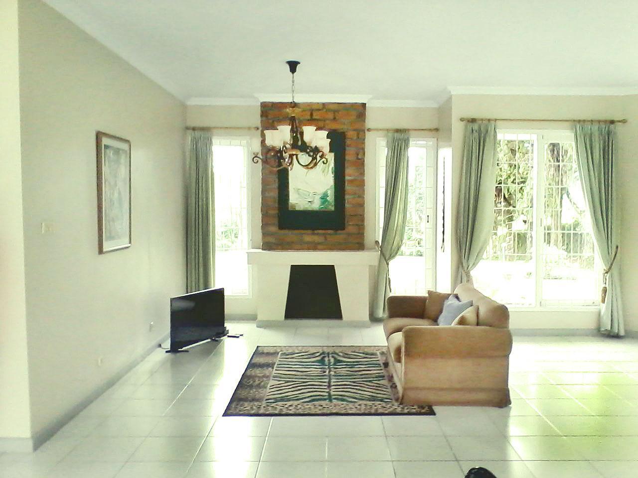 3 BR Nice Garden @ Villa Jack Puncak Cisarua