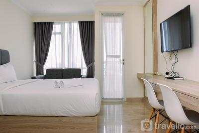 Nice and Fancy Studio at Menteng Park Apartment By Travelio