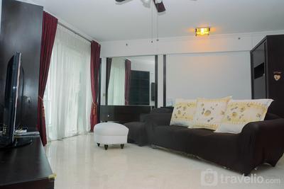 Spacious 2BR + Office Room Puri Casablanca Apartment By Travelio