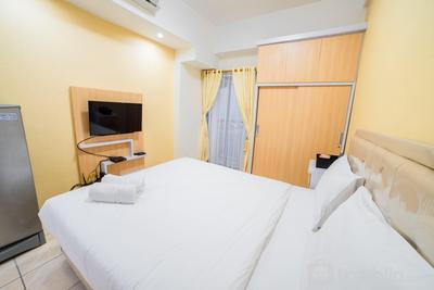 Minimalist Studio Apartment at Tamansari Panoramic Apartment By Travelio