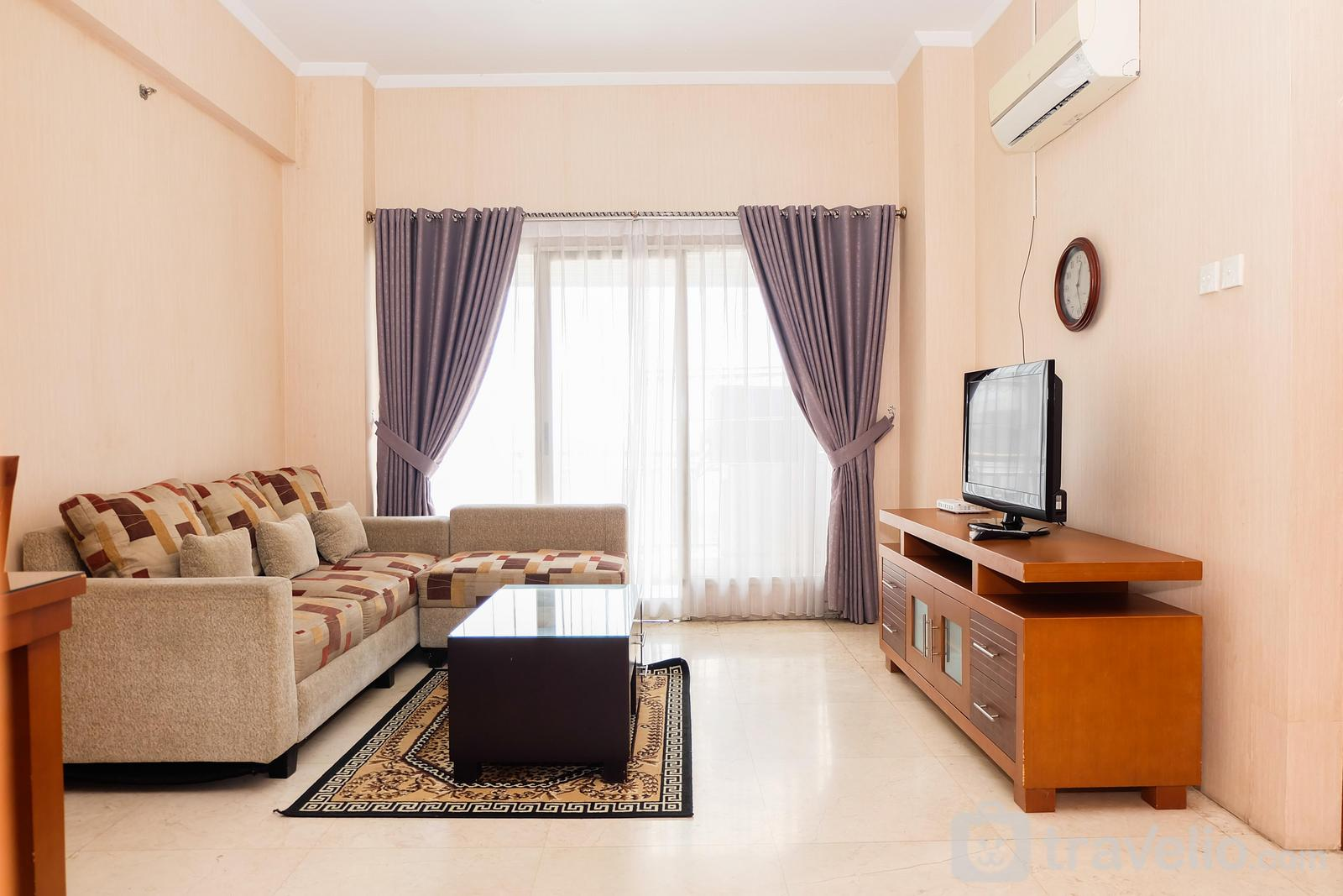 Poins Square Shopping Mall & Apartment - Spacious 3BR Poins Square Apartment By Travelio