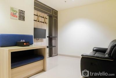 Comfy 1BR Apartment at Praxis By Travelio
