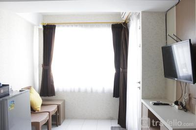 Homey 2BR Apartment at The Jarrdin Cihampelas By Travelio