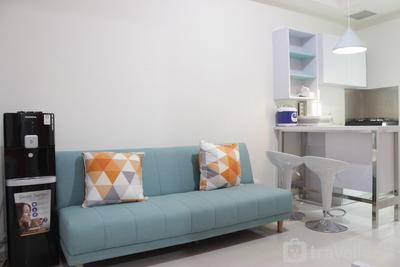 Modern Chic 2BR Apartment Parahyangan Residence near UNPAR By Travelio