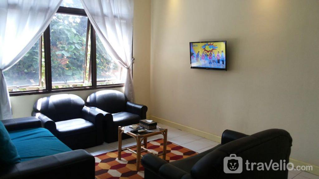Sejahtera Apartment - 3 Bedroom With View Pool @ Sejahtera Apartement By Agung