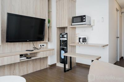 Comfortable 2BR Apartment at Bintaro Plaza Residence By Travelio