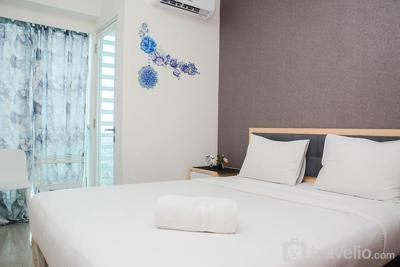 Cozy Stay 1BR at Grand Kamala Lagoon Apartment By Travelio