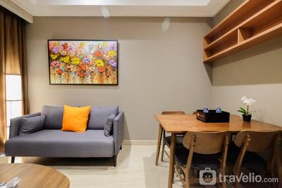 Comfortable and Modern 2BR Menteng Park Apartment By Travelio