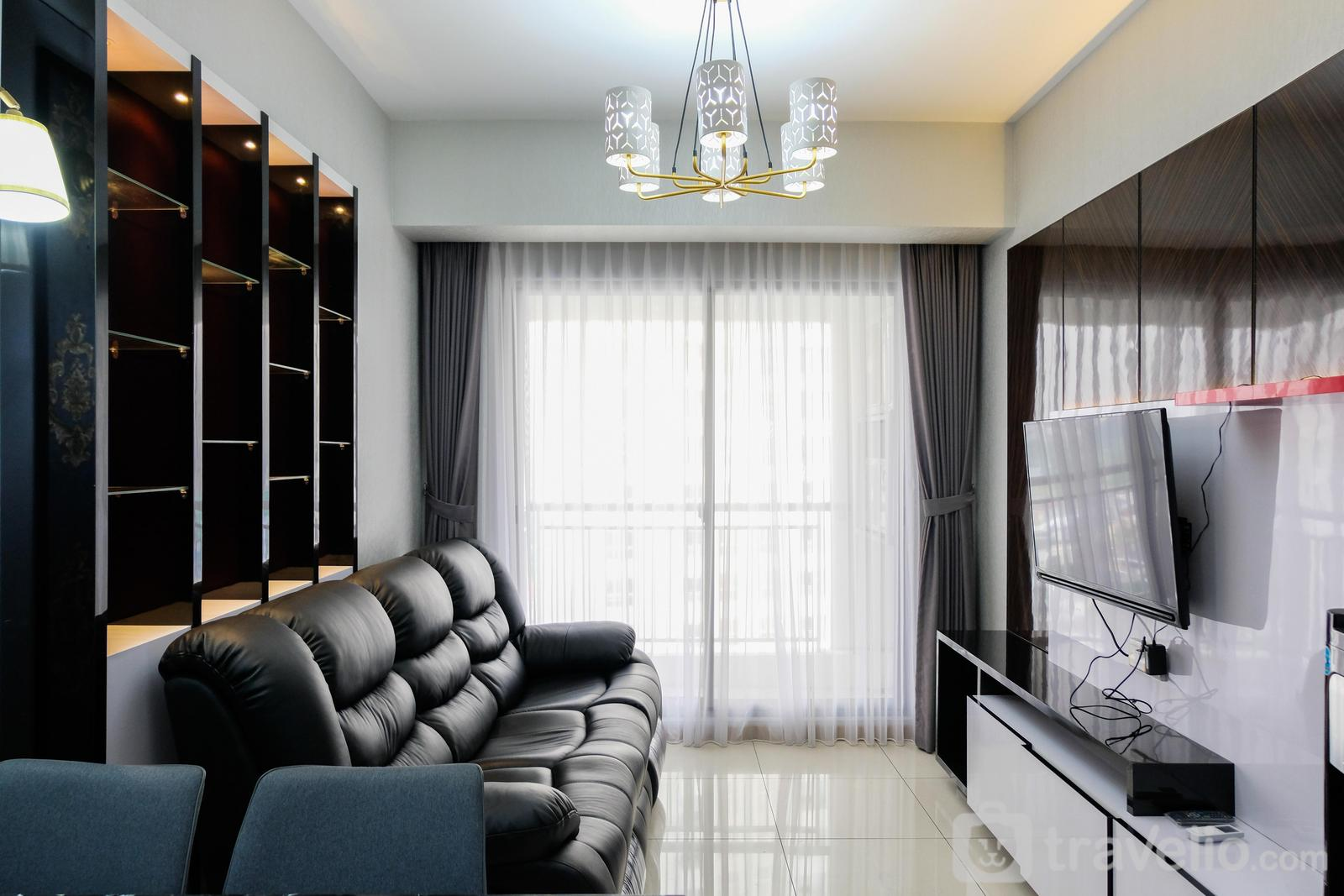 M-Town Signature - 3BR Apartment with Pool View at M-Town Residence By Travelio