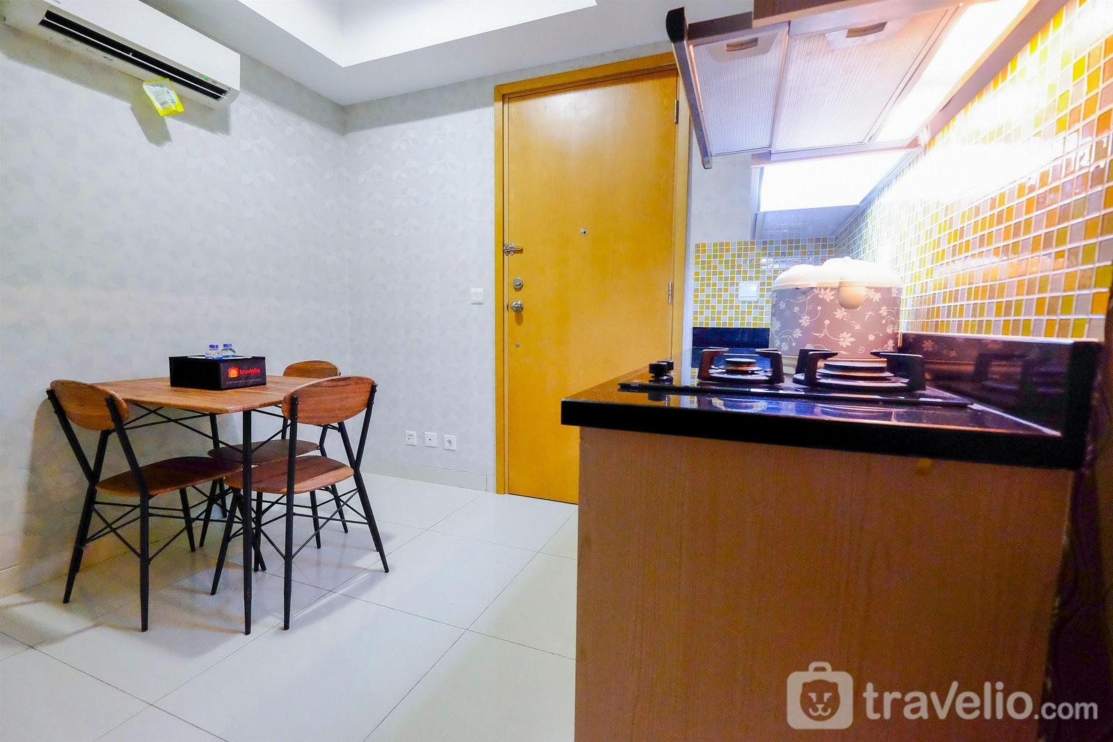 The Mansion Kemayoran - 1BR at The Mansion Kemayoran Apartment near JIEXPO By Travelio