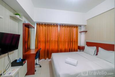 Cozy and New Studio Apartment at Springlake Summarecon Bekasi By Travelio