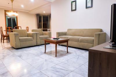 3 BR Spacious Mitra Oasis Senen Apartment By Travelio