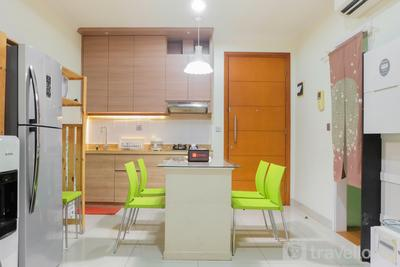 Japanese Style 1BR Apartment with Sea View at Ancol Mansion By Travelio