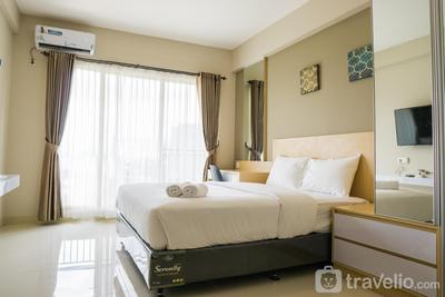 Bright Studio Apartment at Galeri Ciumbuleuit 3 By Travelio