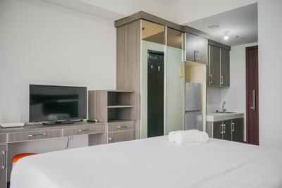 Cozy and Minimalist Studio Apartment at Scientia Residence By Travelio