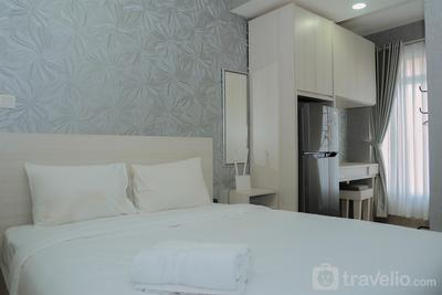 Chic and Cozy Studio Apartment at T Plaza By Travelio
