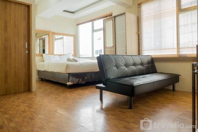 Spacious 1BR with Sofa Bed at The Jarrdin Cihampelas Apartment By Travelio