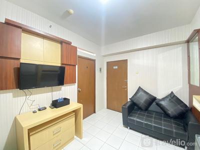 Stylish & Strategic 2BR at Gateway Ahmad Yani Cicadas Apartment near Mall By Travelio