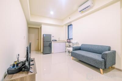 Beautiful and Strategic 1BR Meikarta Apartment By Travelio