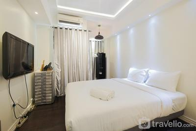 Homey Studio Apartment @ Springlake Summarecon By Travelio