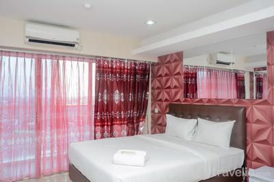 Best and Strategic Studio at Tamansari The Hive Apartment By Travelio