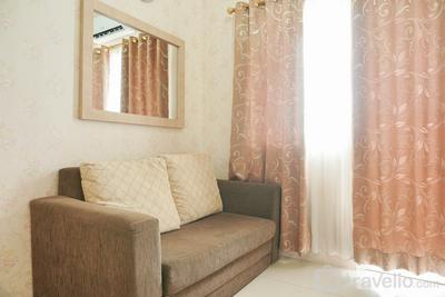 Comfort 2BR Green Pramuka City Apartment near Shopping Center By Travelio