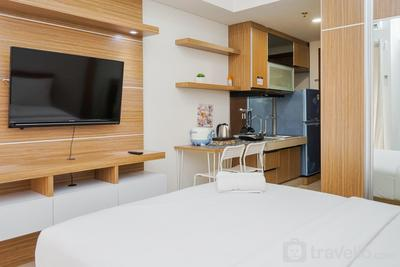 Relax and Simply Studio Apartment at Parkland Avenue By Travelio
