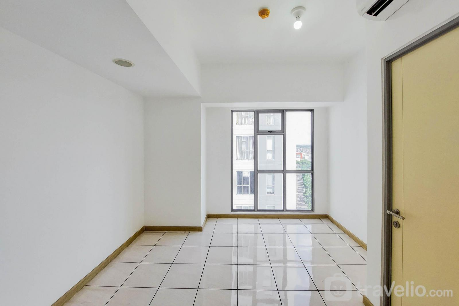 Apartemen M-Town Residence - Unfurnished 1BR Apartment at 18th Floor M-Town Residence with AC By Travelio