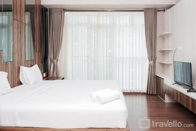 Exclusive and Spacious Studio at Puri Orchard Apartment By Travelio