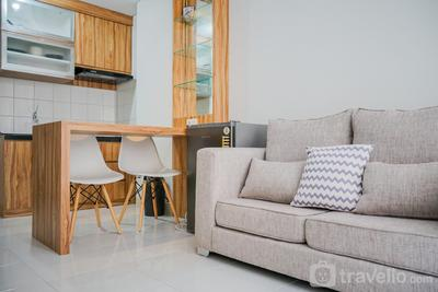 Comfortable and Furnished 2BR Apartment at Emerald Bintaro By Travelio