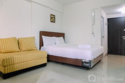 Best Location Studio Park View Condominium Apartment By Travelio