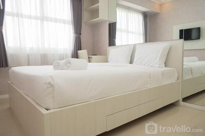 Higher Floor Mountain View 1BR Apartment Parahyangan Residence By Travelio