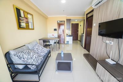 Modern 2BR @ Gateway Pasteur Apartment near Pasteur Exit Toll By Travelio