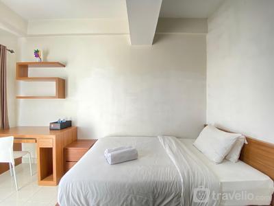 Comfy & Scenic Studio Apartment Easton Park Residence Jatinangor By Travelio
