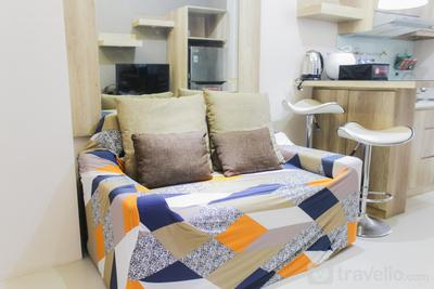 Comfortable Fully Furnished 2BR Bassura City Apartment By Travelio