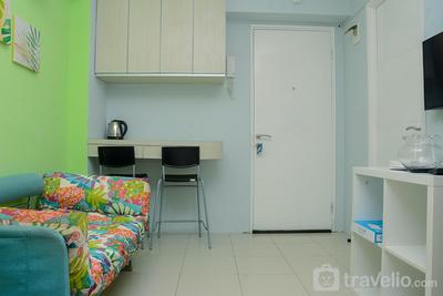 Comfortable 2BR Bassura City Apartment near Bassura Mall By Travelio