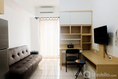 Comfy 2BR at M-Town Residence Apartment by Travelio