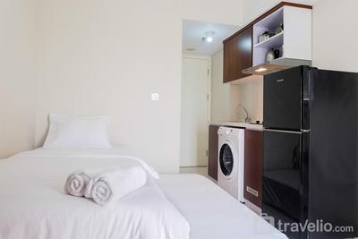 Vintage Studio Apartment @ Springlake Summarecon By Travelio